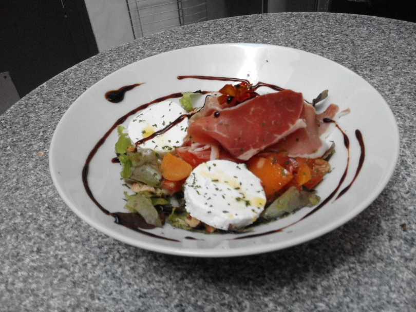 Salade de tomate au fromage frais